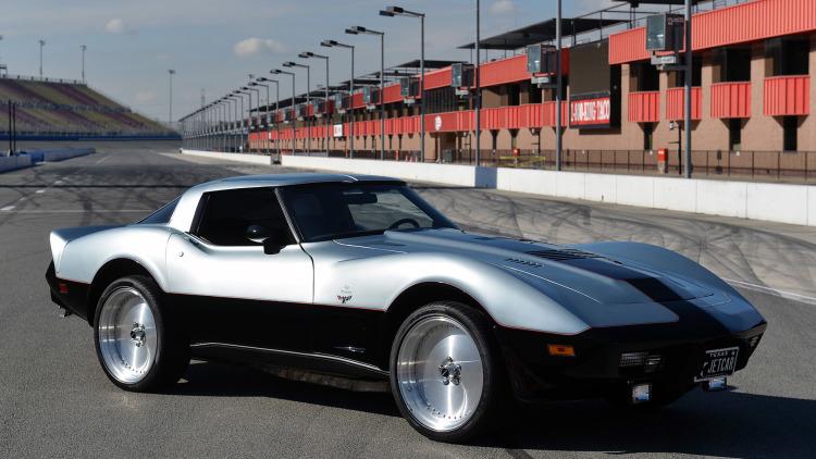 01-turbine-1978-chevrolet-corvette-1