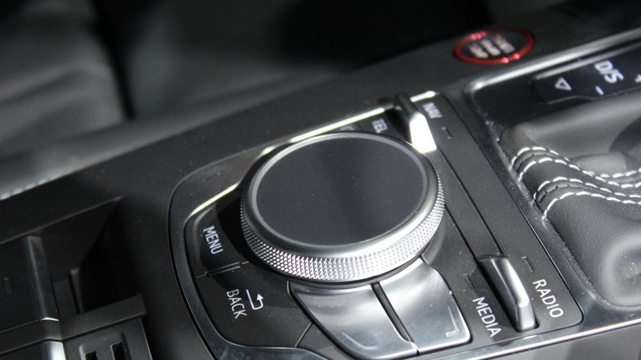 cc_ep547_la_auto_1651_sm